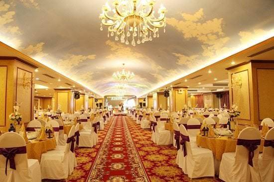 Khách sạn là địa điểm tổ chức sang trọng được các công ty lớn lựa chọn