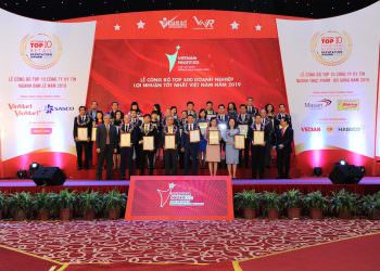 Lễ công bố Top 500 Doanh nghiệp lợi nhuận tốt nhất Việt Nam năm 2020